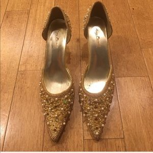 Beautiful shoes, gold